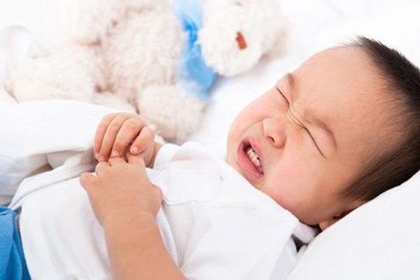 میزان و طریقه مصرف عرق نعناع برای کودکان و نوزادان