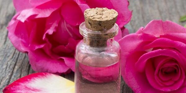 طریقه مصرف گلاب و عرق آن چیست