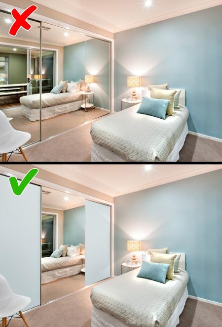 آینه بزرگ در چیدمان دکوراسیون اتاق خواب