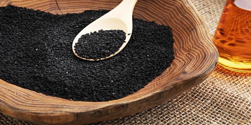 آیا پودر سیاه دانه یا آسیاب شده سمی و عوارض دارد؟