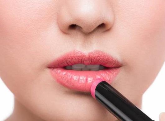 آموزش تصیری آرایش صورت و اموزش تصویری ارایش لب