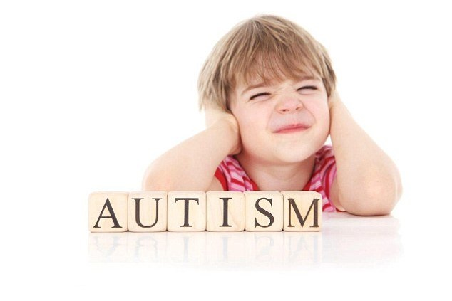 دلایل ابتلا به اوتیسم