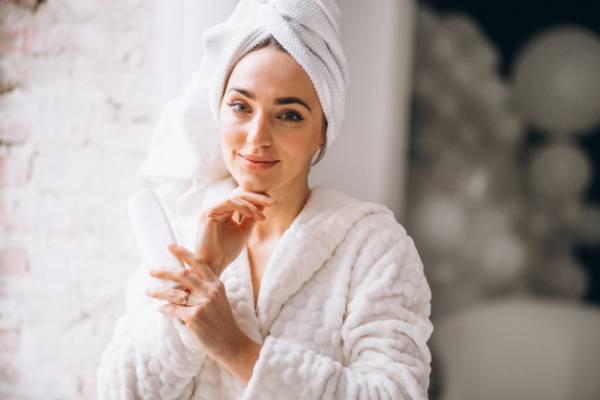 روش های درمان منافذ پوست با راهکارهای طبیعی